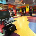 بازینو در مارلیک ملارد،مجتمع فرهنگی تجاری تفریحی بازینو از ۴ سال پیش در۷ طبقه ساخته شد و برای اطمینان از کیفیت دستگاه های بازی ۱۲۰ دستگاه بازی را از ایتالیا، آلمان، انگلیس وکانادا وارد کردند تا پیشرفته ترین مجموعه شهربازی طبقاتی سرپوشیده کشور ساخته شود.