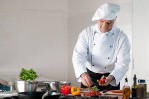 استخدام سرآشپز حرفه ای و با تجربه جهت کار در فست فود