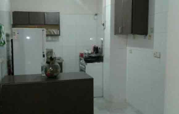 اجاره آپارتمان شهرک امید به متراژ 80 متر ، 2 خوابهطبقه 4 بدون آسانسورواقع در شهرک امید انتهای همت غرب