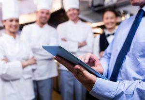 معرفی چند رستوران و فست فود هوشمند ، رباتیک یا دیجیتالی در تهران ، رستوران هوشمند چیست که تا این حد باعث افزایش رضایت مندی مشتریان شده است ؟