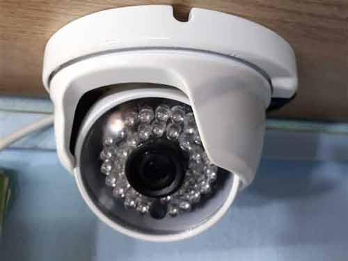 نصب و راه اندازی و فروش دوربین مداربسته و دزدگیر اماکن در کرج عظیمیه ، تمامی دستگاه ها با هر نوع برند دارای یکسال گارنتی اصلی میباشد دوربین مداربسته عظیمیه