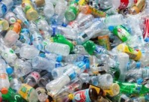 بررسی درآمد و سود دهی ضایعات پلاستیک - روزانه هزاران تن ضایعات تر و خشک در کشور تولید می گردد که 10 تا 15 درصد آن را ضایعات پلاستیک تشکیل می دهد.