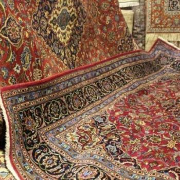 بالاترین خريدار فرش كهنه و دست دوم دستباف و ماشینی در تهران در بزرگ ترین مرکز و سمساریخرید و فروش انواع فرش و تابلو فرش کار کرده سمساری دهکده